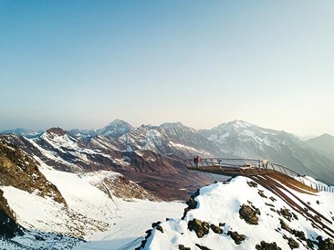 Perspektiven, die stets faszinieren: Die Ausblicke am Stubaier Gletscher