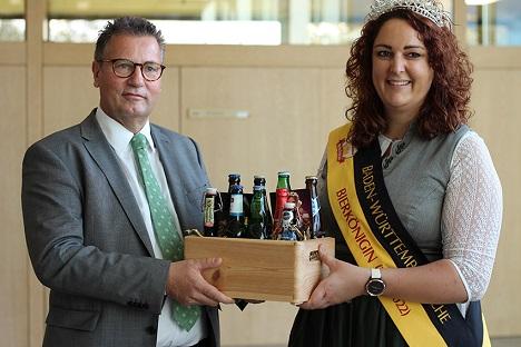 Landwirtschaftsminister Peter Hauck hat die Abordnung des Baden-Württembergischen Brauerbundes in den Landtag in Stuttgart eingeladen