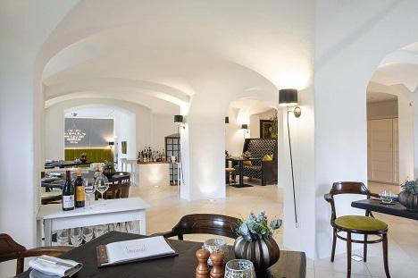 Restaurant »Kastell« von Burg Wernberg